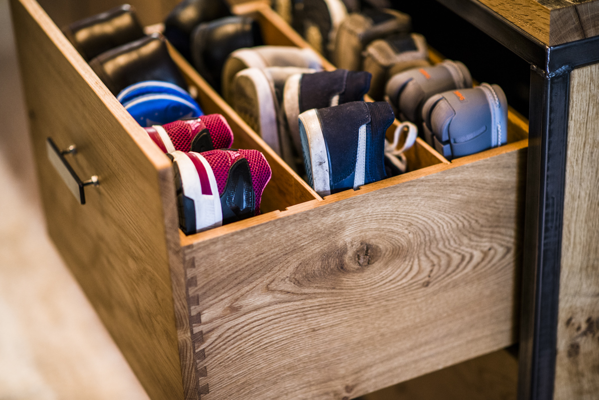 shoe_cabinet_24